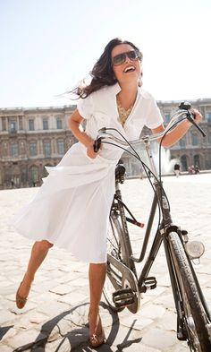 White dress. Want.