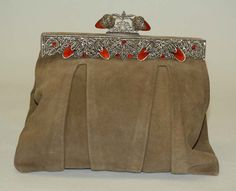 Evening bag Date: Culture: French Medium: leather, metal, stone Dimensions: Width: 8 in. Vintage Purses, Vintage Bags, Vintage Handbags, Vintage Outfits, Vintage Dresses, Vintage Fashion, 1930s Fashion, Moda Fashion, Fashion Bags