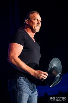 Concert Photos: Trace Adkins, Steve Azar, Gunnar & the Grizzly Boys and Kari Lynch at the Ionia Free Fare Country Jam. Country Music Playlist, Country Music Videos, Country Music Artists, Country Music Quotes, Country Music Lyrics, Country Songs, Country Jam, Best Country Music, Trace Adkins Songs