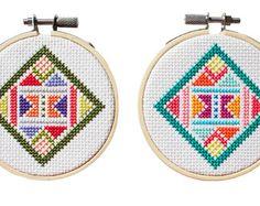 Chevrons Modern counted cross stitch von DianaWattersHandmade