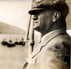 """Mustafa Kemal Atatürk : """" Yüksek Türk! Senin için yüksekliğin hududu yoktur. İşte parola budur."""" #ataturk"""