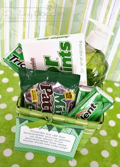 """Mint Gift Basket Idea -- """"a little bit if encourage-mint""""; """"thanks for your committ-mint""""; """"what you did mint so much""""; """"we were mint for each other""""; """"we were mint to be friends"""". Volunteer Gifts, Volunteer Appreciation, Teacher Appreciation Gifts, Male Teacher Gifts, Volunteer Week, Craft Gifts, Diy Gifts, Cute Gifts, Best Gifts"""