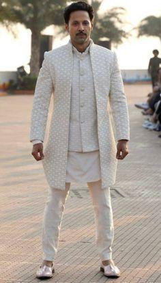 Sherwani For Men Wedding, Wedding Dresses Men Indian, Sherwani Groom, Wedding Dress Men, Wedding Outfits For Men, Wedding Suits, Marriage Dress For Men, Marriage Suits, Groomsmen Outfits