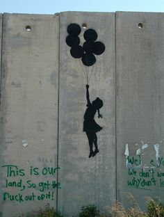 banksy-graffiti-street-art-palestine-girl-balloon