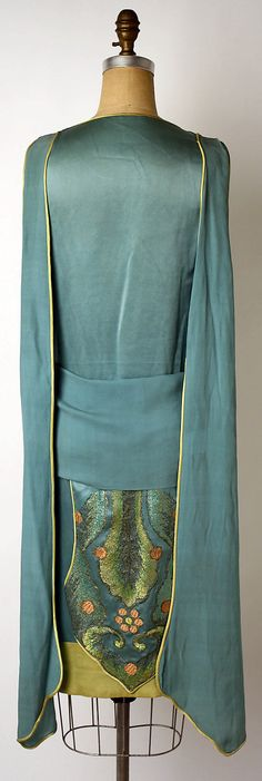 ~Dress, Evening  Callot Soeurs  (French, active 1895–1937)   Date:1920s Culture:French~  #1920seveningwear  #1920scallot