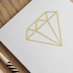 """Le zip """"Diamant"""" contient les fichiers téléchargeables, compatibles avec les machines de découpe Scanncut, Silhouette Portrait et Caméo ."""