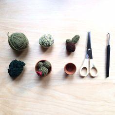 crochet and knitted Accessories von Gohli Knit Crochet, Knitting, Handmade, Etsy, Crochet Cactus, Cacti, Flower Crochet, Wool, Craft Gifts