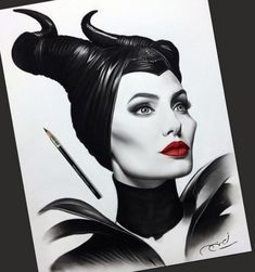 Angelina Jolie as Maleficent Realistic Pencil Drawings, Pencil Art Drawings, Amazing Drawings, Art Drawings Sketches, Disney Drawings, Cute Drawings, Maleficent Drawing, Maleficent Movie, Witch Drawing