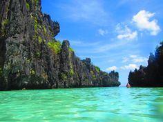 a lagoon in El Nido Palawan - divine!  http://www.toploadingforlife.com/palawan-day-2-nearly-drowned-but-im-so-over-that/