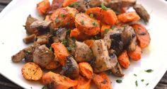 Grillezett zöldség recept: A grillezett zöldség egy sütőben gyorsan elkészíthető köret, mely rendkívül egészséges, és tökéletes kiegészítője lehet a sült húsoknak. Tandoori Chicken, Shrimp, Grilling, Clean Eating, Paleo, Food And Drink, Cooking Recipes, Ethnic Recipes, Foods