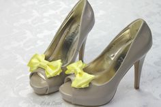 Yellow Shoe Clip, Yellow Bow Shoe Clips, Yellow Wedding Accessories Shoes Clip, Yellow Bow Clip Shoes by Bouquet by Rosa Loren. Find them at: https://www.etsy.com/shop/BouquetByRosaLoren?section_id=12693072