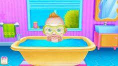 Крошка Босс купается