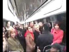 電車内で突然アカペラを始めた黒人さんの歌が上手すぎる