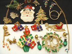 Vintage jewelry lot-Christmas jewelry lot-old jewelry