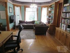 1895 Queen Anne – Clear Lake, IA – $325,000 | Old House Dreams
