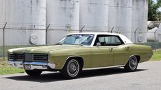 Green Metallic Paint, Ford Ltd, Us Cars, Automatic Transmission, Buick, Custom Cars, Muscle Cars, Vintage Cars, Super Cars