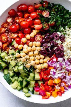 Chickpea Salad (Two Easy Steps) - Little Broken - Greek Chickpea Salad with honey lemon dressing. Only two easy steps! -Greek Chickpea Salad (Two Easy Steps) - Little Broken - Greek Chickpea Salad with honey lemon dressing. Only two easy steps! Arugula Recipes, Salad Recipes Healthy Lunch, Best Salad Recipes, Salad Recipes For Dinner, Dinner Salads, Chicken Salad Recipes, Easy Salads, Easy Healthy Recipes, Vegan Recipes