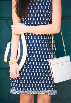Classy Girls Wear Pearls: Swan Date. Summer dress style. Fashion forward outfit. #ootd #sloaneranger
