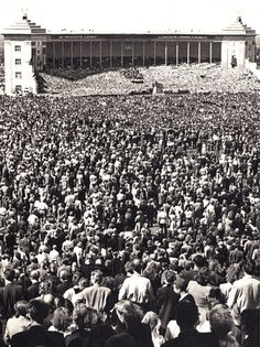 Song-festival ground 1958 (Estonia) - what a fantastic photo!!