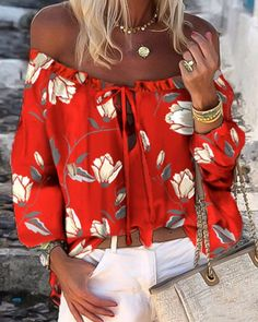 Blouse Online, Latest Dress, Womens Fashion Online, Summer Tops, Floral Prints, Motif Floral, Sleeve Styles, Amazing Women, Lace Up