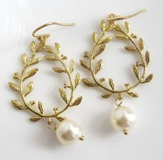 Modern Jewelry Lauren Leaf Gold Wreath Dangle Swarovski Pearls Earrings