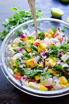 En smoothie, sur une tarte ou dans une salade… Découvrez les meilleures idées glanées sur Pinterest pour cuisiner la mangue, notre obsession du moment.