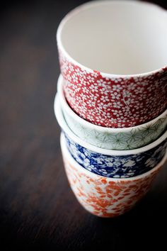 tasses colorées fleurs