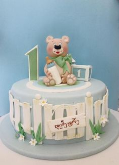 teddy bear cake by Casta Diva