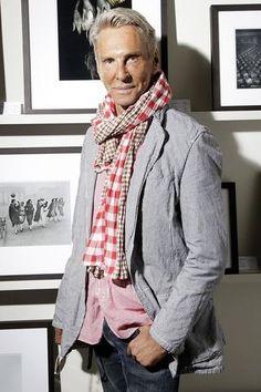 Wolfgang Joop Vernissage At Lumas  http://www.vogue.de/fashion-shows/designer/designer-lieber-wolfgang#