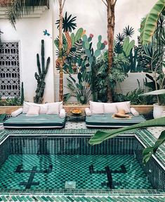 Travel itinerary: where to stay in Marrakech - le riad jasmine (Photo: Reproduction) Le Riad, Riad Marrakech, Marrakesh, Feng Shui, Trippy, Day Use, Greenhouse Interiors, Moroccan Design, Moroccan Decor