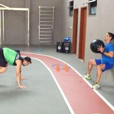 #teamcorefit #vempracorefit #anumero1 #30tododia #lifestyle #treinofuncional #vivaessaexperiencia #treinamentofuncional #treinotop #treinobruto #workout #fitness #wellness @jviasbik @brian_izidoro