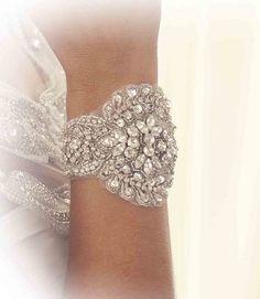 Anna Campbell bridal Julia Cuff