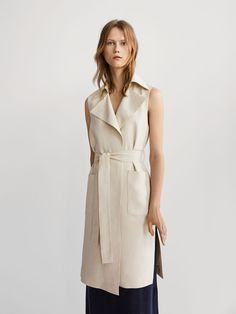 FLOWING LINEN WAISTCOAT WITH TIE-UP DETAIL - Women - Massimo Dutti