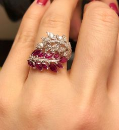Ruby and diamond autumn leaves ring is the one-stop solution for India. - Ruby and diamond autumn leaves ring is the one-stop solution for Indian Fashion for Saree - Tiffany Jewelry, Ruby Jewelry, Fashion Jewelry Necklaces, Fashion Necklace, Diamond Jewelry, Jewelry Rings, Jewelry Accessories, Fine Jewelry, Jewelry Design
