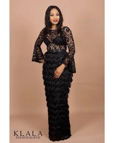 Creative asoebi styles for ladies - DarlingNaija African Maxi Dresses, Latest African Fashion Dresses, African Print Fashion, African Attire, Nigerian Dress, Lace Gown Styles, African Lace Styles, Black Women Fashion, Classy Dress