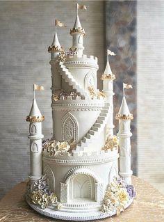 Castle Wedding Cake, Big Wedding Cakes, Elegant Wedding Cakes, Beautiful Wedding Cakes, Gorgeous Cakes, Wedding Cake Designs, Pretty Cakes, Cute Cakes, Wedding Ideas