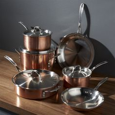 Free Shipping. Shop for cookware sets at Crate and Barrel. Browse a variety of sets including aluminum, hard anodized and stainless steel cookware.