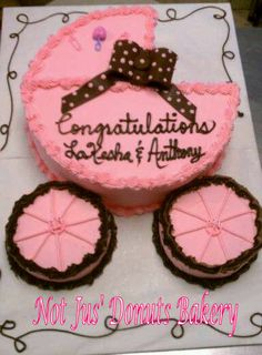 baby stroller cakes | coolest baby carriage cake 32