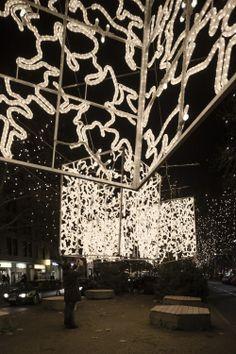 3fa6f612c442 Christmas Lights Berlin 2013   Miguel de Guzmán Facade Lighting