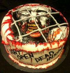 20 Walking Dead Cakes We're Dying to Eat - Part 15