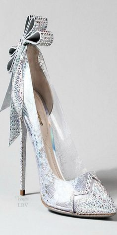 Kirkwood ♥✤ Cinderella Glass Slipper Interpretation
