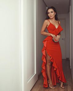 Hot Red Prom Dresses Ruffles Spaghetti Straps Long Evening Party Dress - Beauty is Art Elegant Dresses, Pretty Dresses, Sexy Dresses, Beautiful Dresses, Evening Dresses, Fashion Dresses, Prom Dresses, Red Dress Prom, Casual Dresses