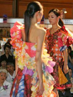 S. Korea: A Fashion Show for Paper Clothes