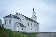 Gildeskål hovedkirke, built in Norway Church Interior, Interior And Exterior, All Over The World, Norway, Worship, Interiors, Mansions, House Styles, Building