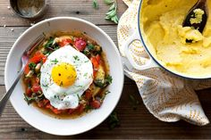Soft-cooked polenta with red-pepper marinara sauce and eggs