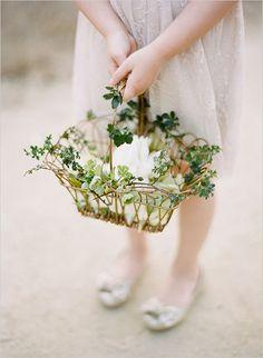 Super cute flower girl basket idea!
