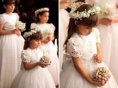 casamento-salvador-vestidos-daminhas Wedding Trends, Wedding Styles, Wedding Photos, Bridesmaids, Bridesmaid Dresses, Wedding Dresses, Rustic Flower Girls, Dream Wedding, Wedding Day