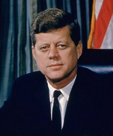 President John F. Kennedy #5 Ranking 13 US President from Worst to First nother opinion poll favorite, JFK suffers slightly from Gerald Ford syndrome—he just wasn't in office long enough to achieve his full potential. Even so, JFK sports the highest average approval rating of any modern president.