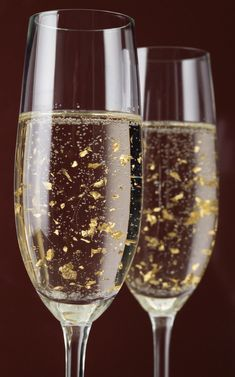 Champagne with edible gold flakes. How luxe! Smirnoff make a cinnamon-flavored vodka that contains edible gold flakes - perhaps that's what this is