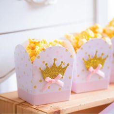 1st Birthday Party For Girls, Girl Birthday Themes, Princess Birthday, Baby Birthday, Minnie Mouse Birthday Decorations, Royal Baby Showers, Baby Shower Princess, Party Kit, Baby Shower Parties
